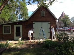 painting carriage house